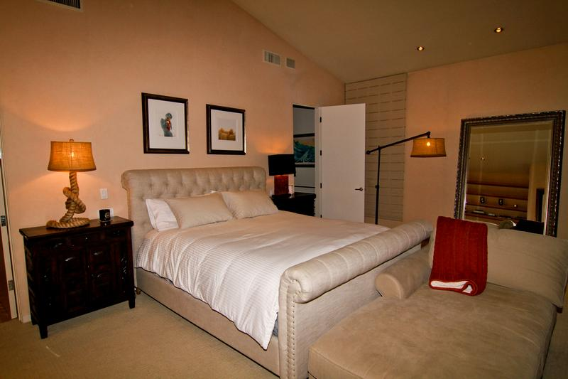 Marylin Master Suite: Stearns 7 Foster CA King bed, his and hers full bathrooms, fireplace, entertainment center, seating area, work desk, private ocean-view terrace.