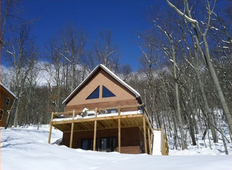 Newly constructed home, offers views of the moutain ridge.