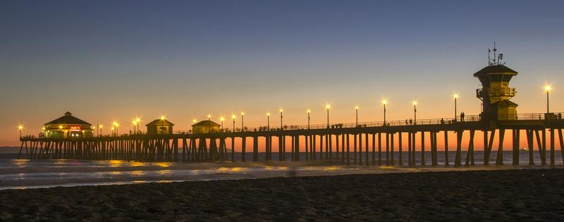 Sunset at the Hungtington Beach Pier California travel guide stunning sunsets that will make you want to visit the West Coast