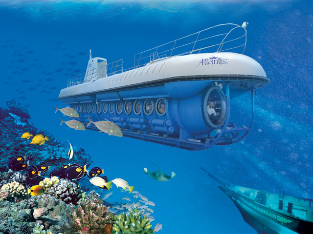 submarine in oistins barbados