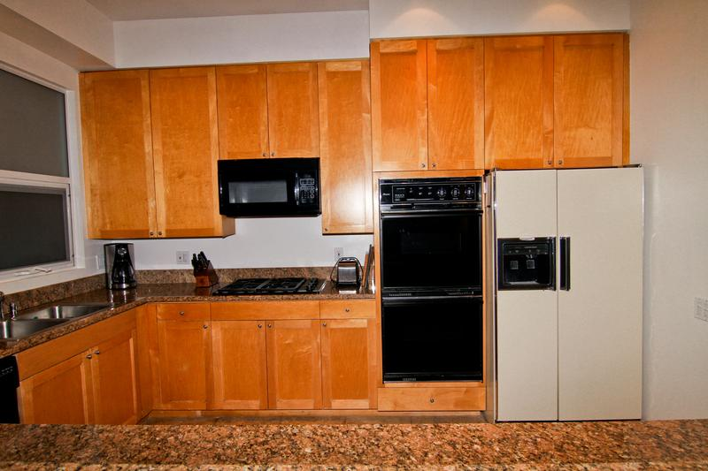 Fully stocked and equipped kitchen w top of the line appliances.