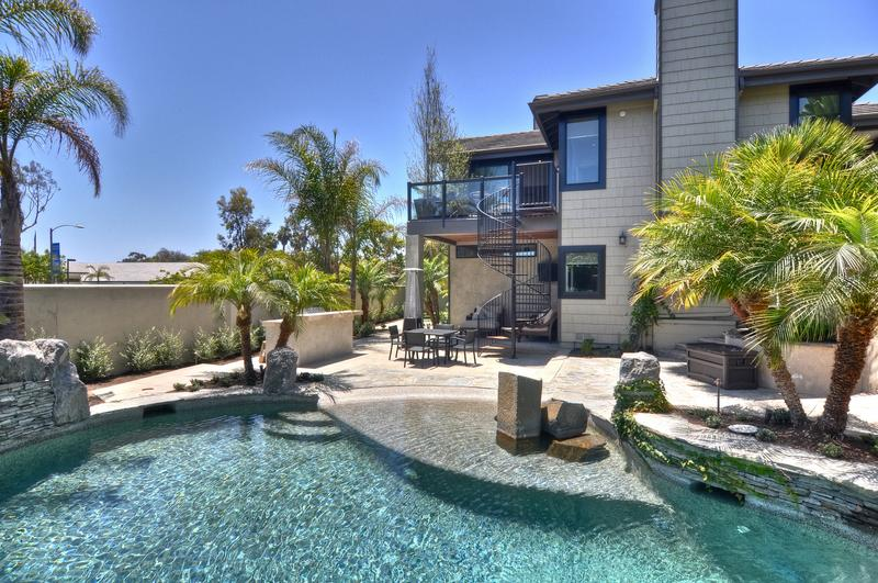 Vacation rentals reviews Dana Point luxury vacation rental with pool and hot tub
