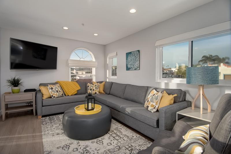 Living room at Casa Granada C Pier Bowl vacation rental bear the  beach in San Clemente